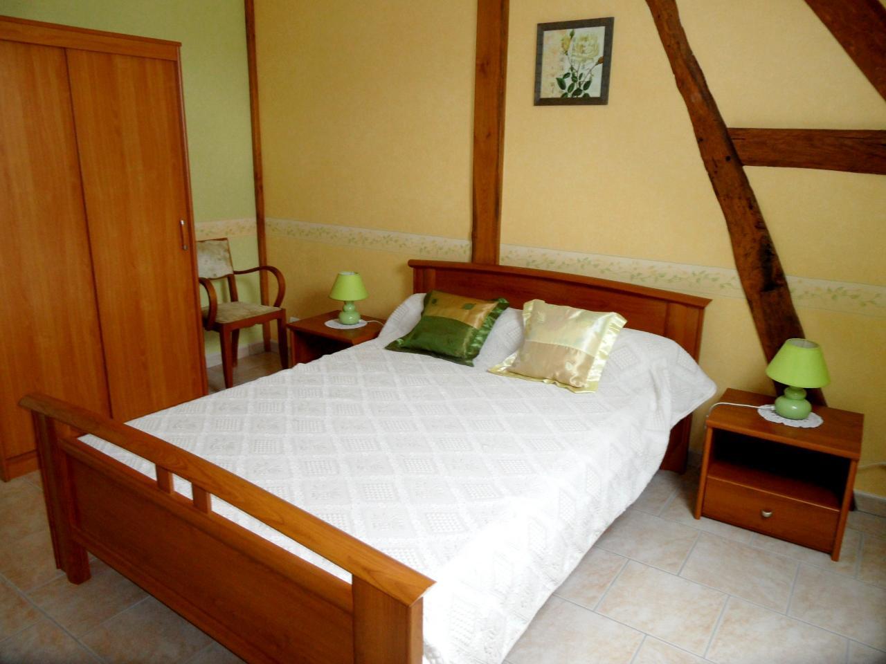 3ème chambre - 1 lit 2 personnes - Etage